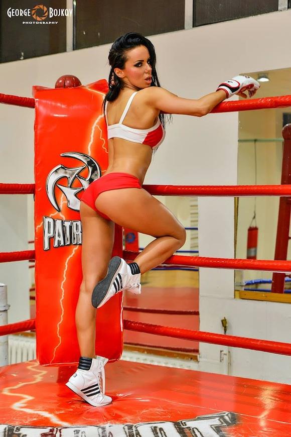 Анн-Джи MMA Fight Girl