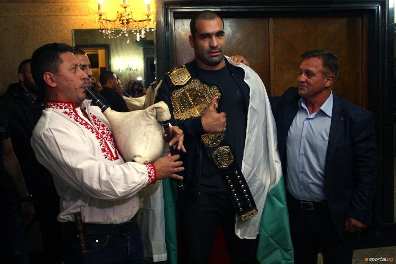 Шампионско посрещане за Благой Иванов