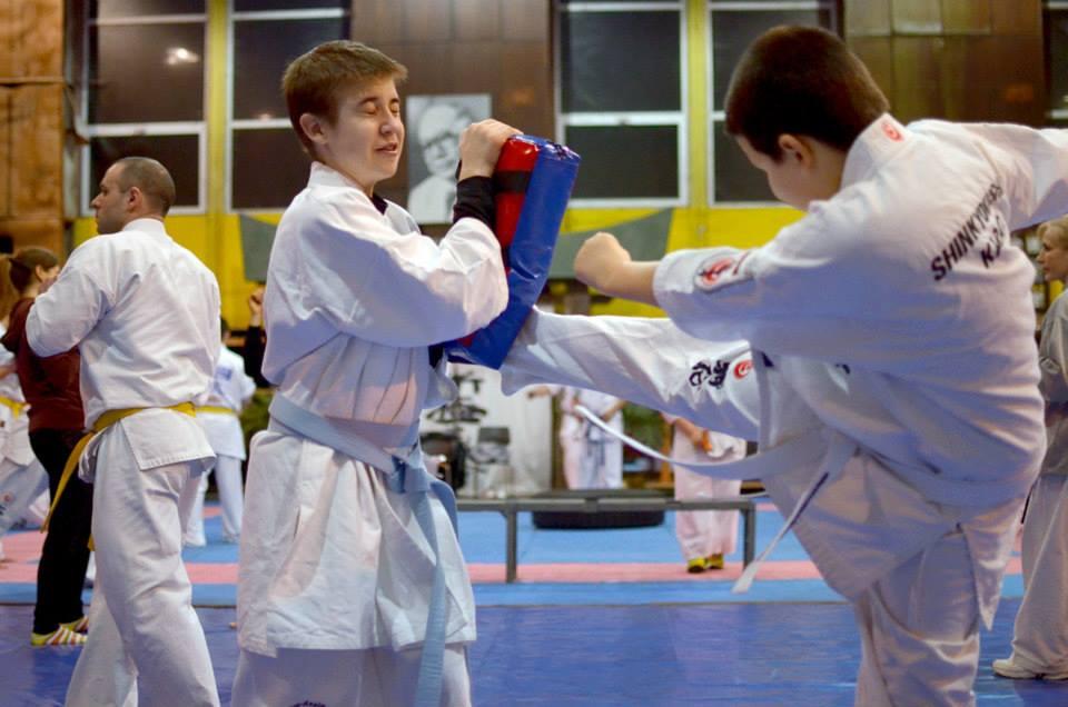 Ползите от бойните изкуства за децата