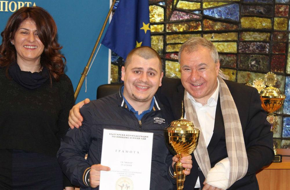 Иккен отборен шампион на татами за 2015