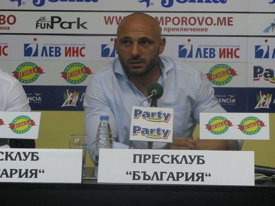 Председателят на БФ по ММА Станислав Недков-Стъки